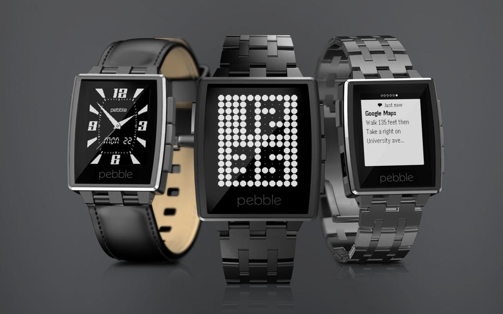 Drei Pebble Steel Uhren